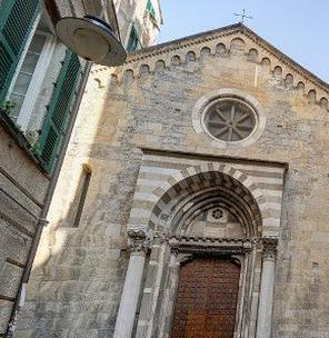 Memorie celate: tra i colli di Sarzano e di Castello