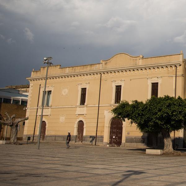 Palazzo Pignatelli - Palazzo - Menfi
