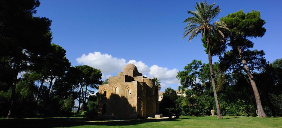 Chiesa della SS. Trinità di Delia