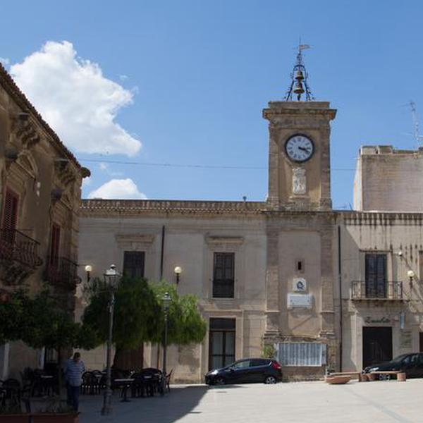 Torre dell'Orologio - Monumenti - Cattolica Eraclea