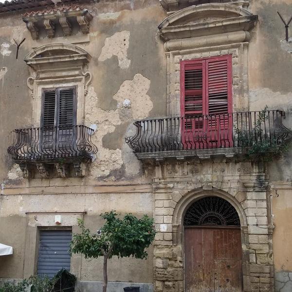 Palazzo Bonanno - Palazzo - Cattolica Eraclea