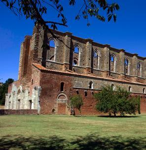 Abbazia di San Galgano e Museo Civico e Diocesano di Arte Sacra di Chiusdino