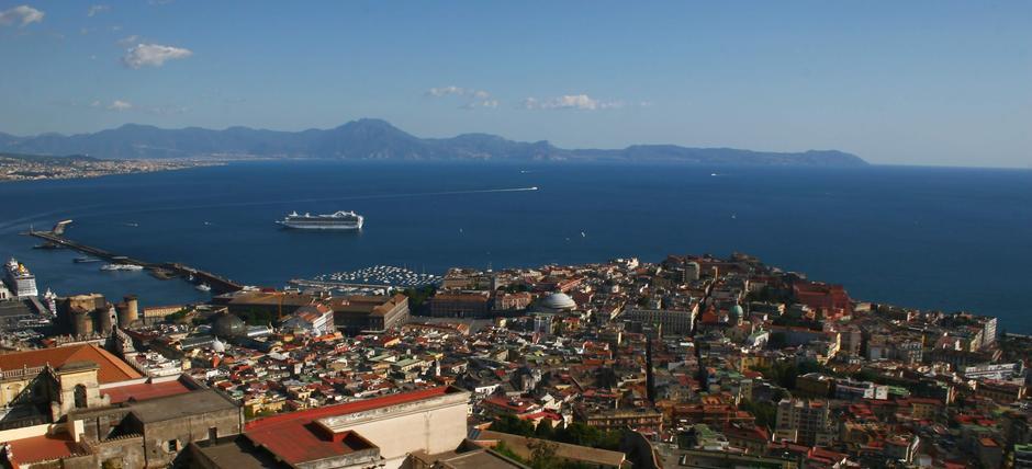 Napoli dentro e fuori