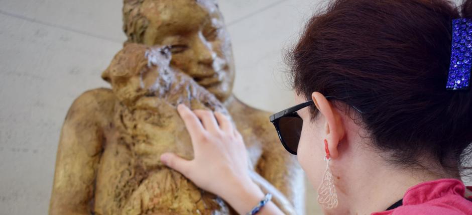 Con-tatto | Percorsi tattili a Palazzo Merulana