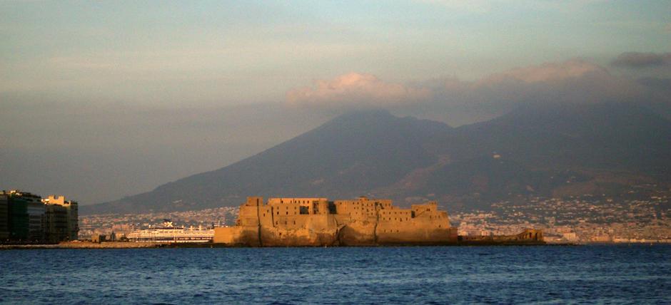 Napoli, mirabilia e naturalia