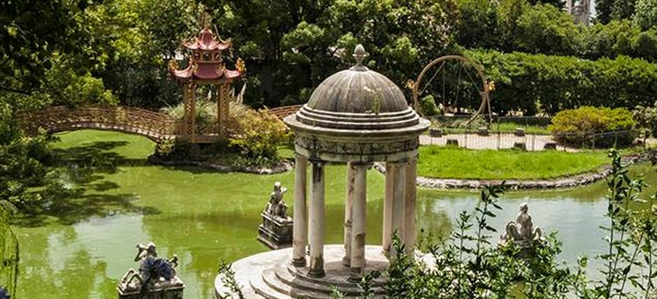 Visita guidata al percorso scenografico-teatrale del giardino storico di Villa Durazzo Pallavicini.