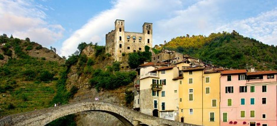 Dolceacqua and the intact flavors of the times gone by: the Rossese and the oil made from taggiasche olives