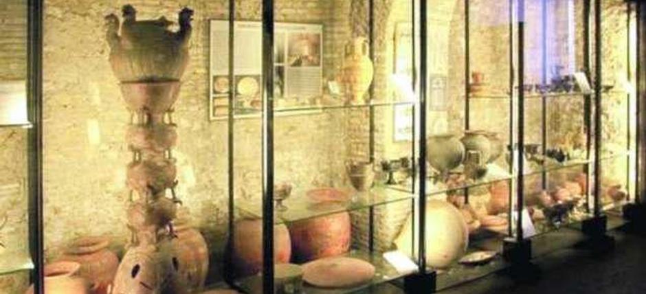 Etrus-key di notte: il Museo Nazionale Cerite e il borgo antico di Cerveteri