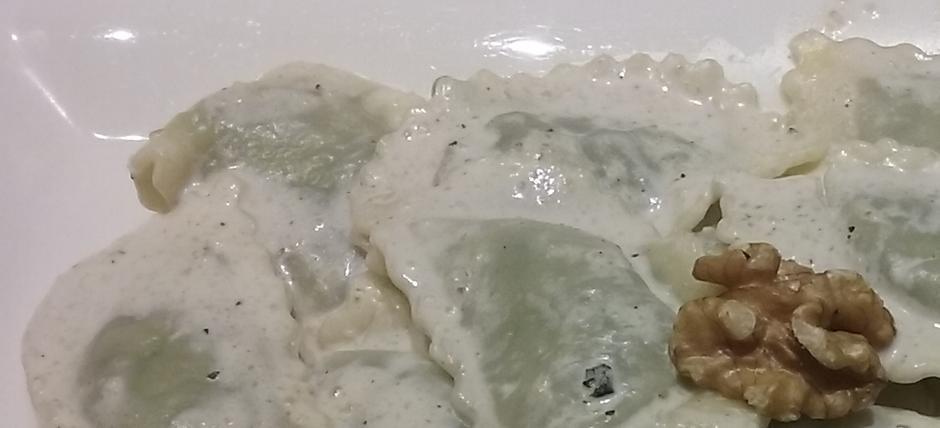 Pansoti con salsa di noci